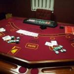 В Киеве за дверью шкафа устроили подпольное казино
