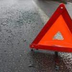 В Киеве автомобиль врезался в автобус