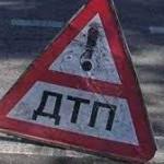В Киеве столкнулись два внедорожника: есть пострадавшие