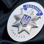 На Киевщине мужчина развращал 13-летнюю дочь