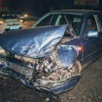 В Киеве ночью произошло лобовое столкновение двух авто