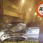 В Киеве Mercedes на большой скорости столкнулся с Hyundai