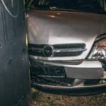 В Киеве Opel протаранил билборд