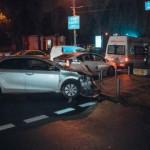 В центре Киева не разминулись две Toyota