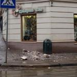 Во Львове на тротуар рухнул кусок балкона