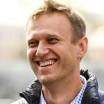 Алексей Навальный хочет отнять пожертвования у онкобольных детей