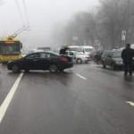 В центре Киева произошло массовое ДТП