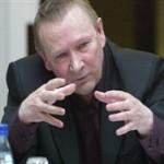 Николай Травкин: Читая Суркова