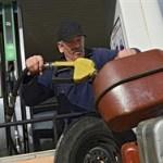 Правительство придумало либеральный способ удержать цены на бензин