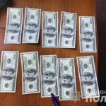 В Киеве арестовали мужчину, продававшего поддельные купюры