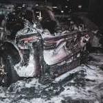 В Киеве ночью дотла сгорел Porsche