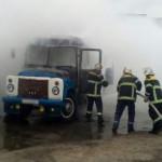 На Полтавщине вспыхнул припаркованный автобус