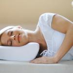 Врачи рассказали о самой опасной позе для сна