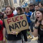 Долой НАТО: французы выступили за создание единой европейской армии