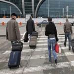 Каждый пятый житель хочет эмигрировать из России