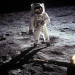 Отходы «Аполлон-11″ помогут узнать о жизни в космосе