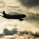 Молния ударила в приземляющийся самолет в Шереметьево, пишут СМИ