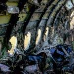 Из хвоста сгоревшего SSJ-100 спаслись только два пассажира