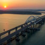 Украинцы не поверили своим глазам – какая-то мистика происходит на Крымском мосту