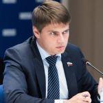«Единая Россия» заявила о желании помочь НКО и гражданским активистам